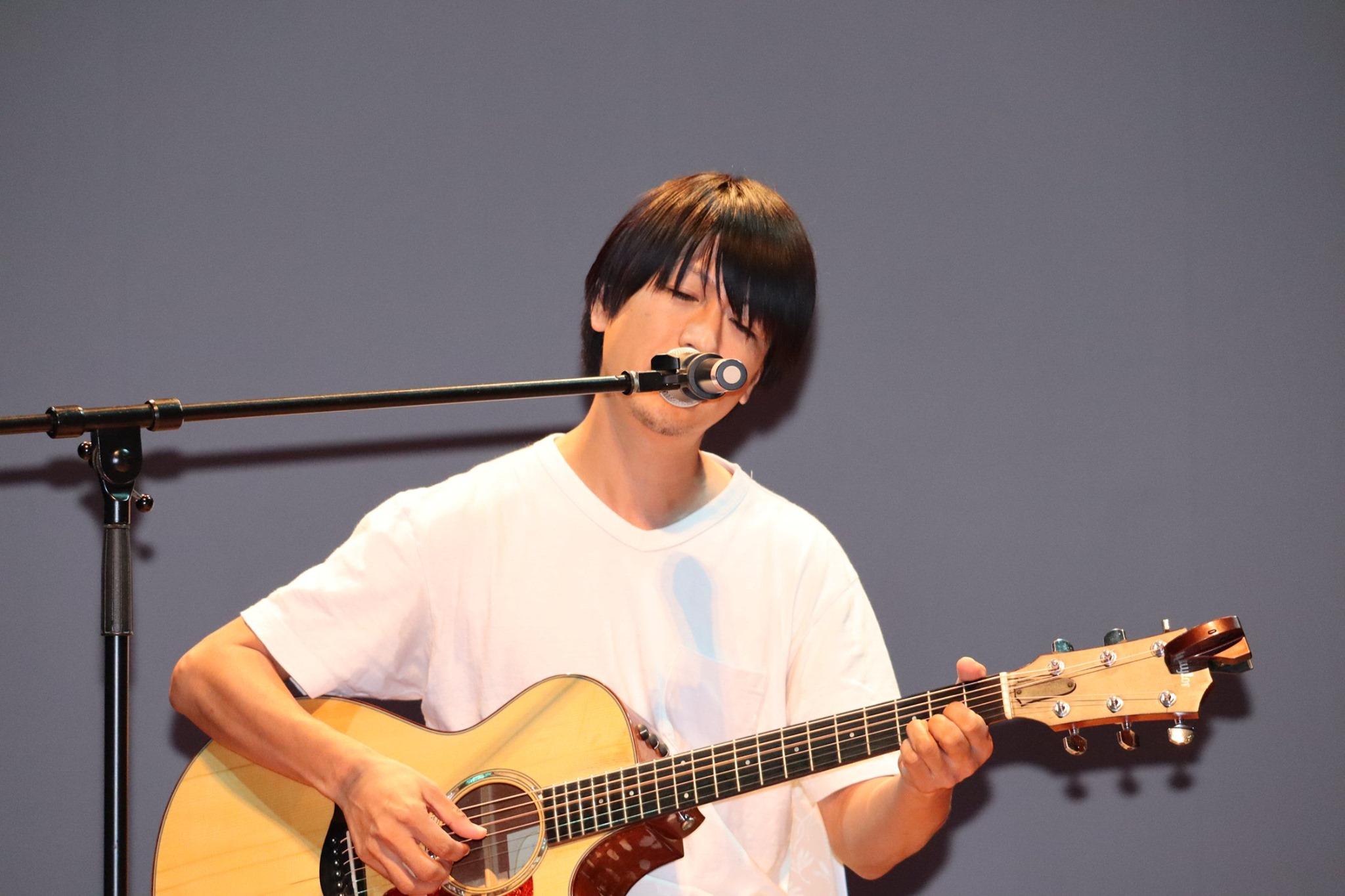 岩瀬敬吾さん(元19)のライブ
